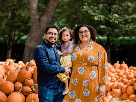 Agundes | Fall Family Portraits