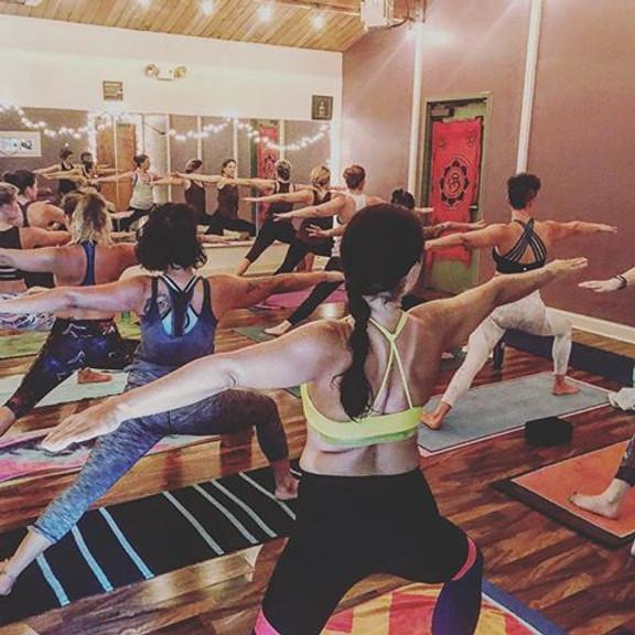 ONLINE/ INPERSON OPTIONS 200 Hour Yoga Alliance Teacher Training