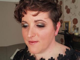 Sparkly silver smokey eye for Donna
