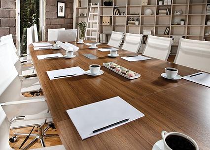Sala de reuniões contemporânea