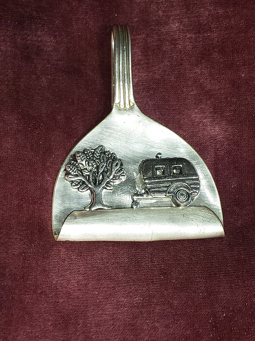 Tree & Trailer Pendant.