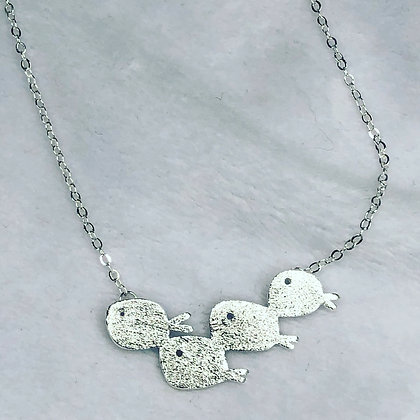Delicate Family necklace