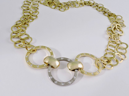 'Cycle' Necklace with Diamond Clasp