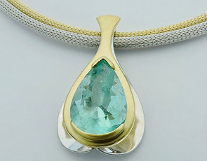Emerald 'Suspension' Pendant