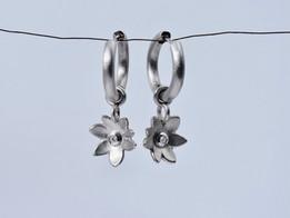 'Katerina Flower' Earrings with Diamond