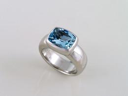Aquamarine 'Pebble' Ring