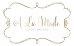 a la mode logo gold PNG.png