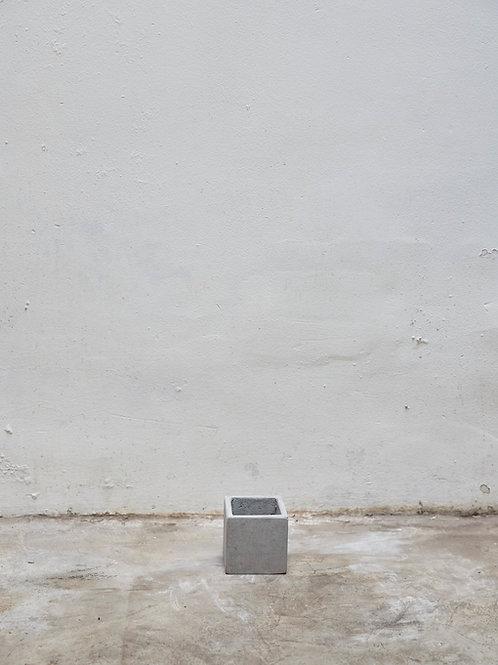 Chậu Xi Măng Vuông (W10 x H10)