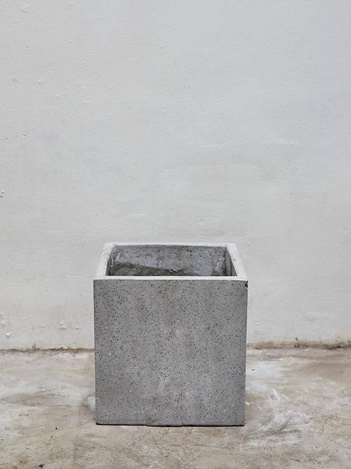 Chậu Xi Măng Vuông (W30 x H30)