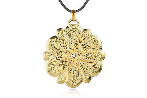 Damascene handmade pendant made with 24 kt. pure gold and green gold C 17