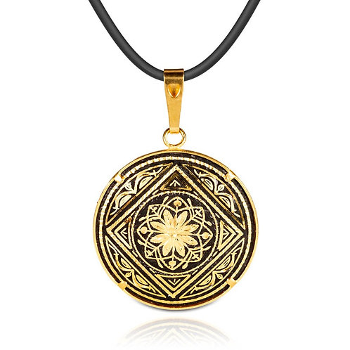 Damascene handmade pendant made with 24 kt. pure gold / m9