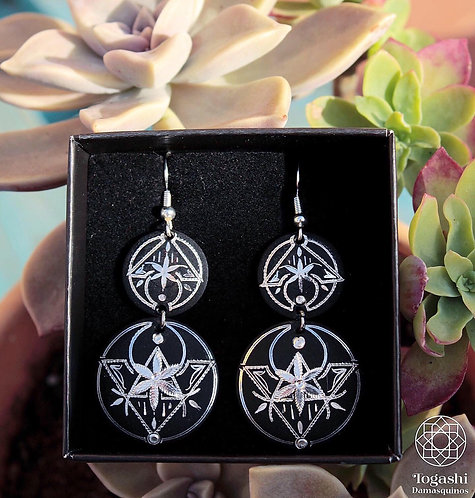 Damascene handmade earrings with silver / Flower triangle