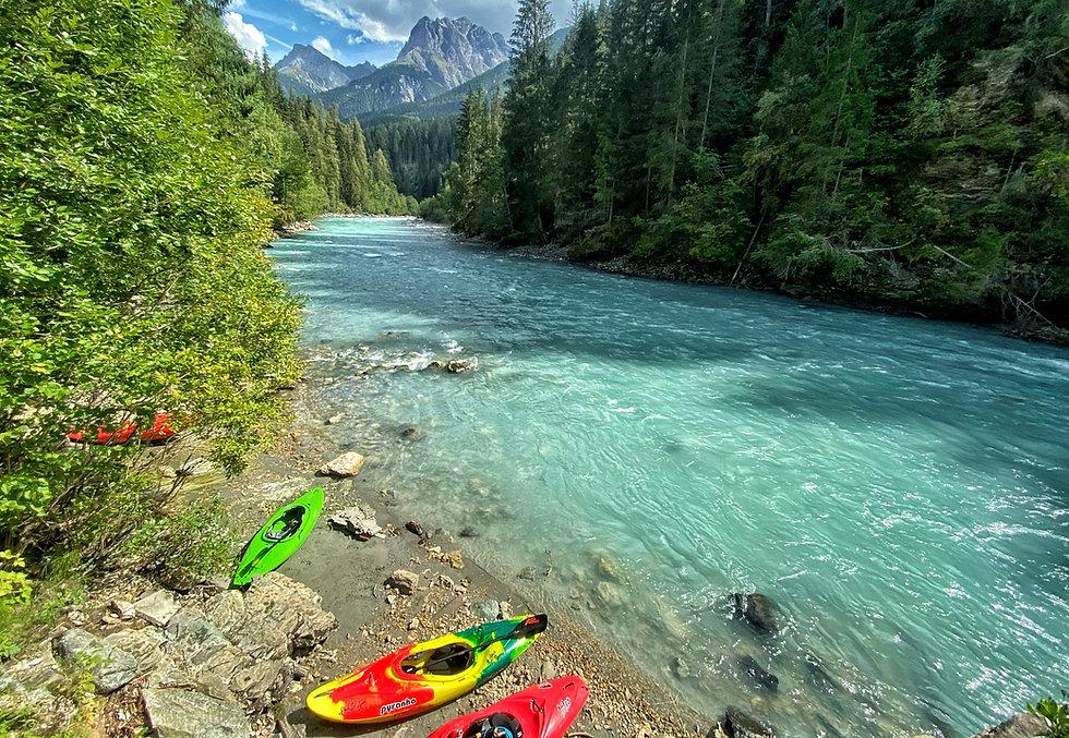 Das Engadin ist Heimat eines der schönsten Schulungsflüsse der Alpen: der berühmte Inn! - LosLeones.ch