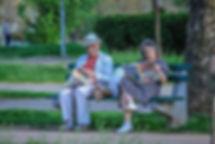 grandparents-2807673_960_720.jpg