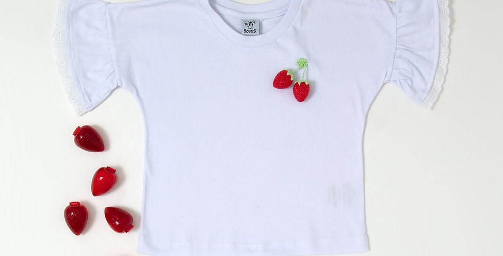 T-shirt morango crochet