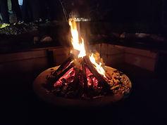 焚き火エリアを作成しています
