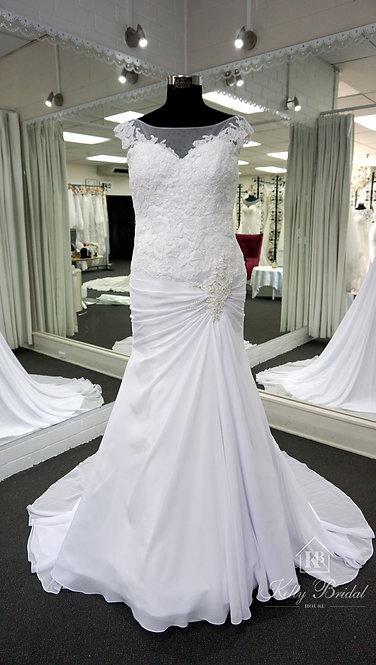 Naomi Mermaid Style Wedding Gown