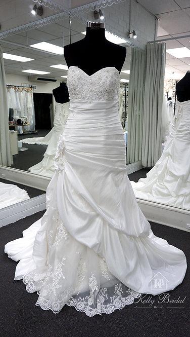 Natalie Mermaid Style Wedding Gown