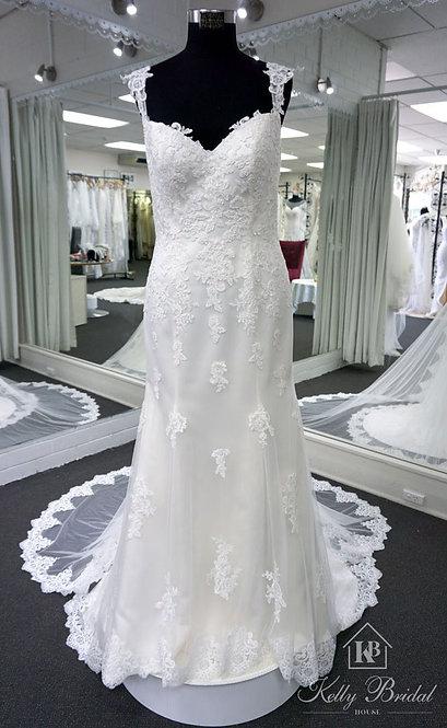 Mignon Mermaid Style Wedding Gown