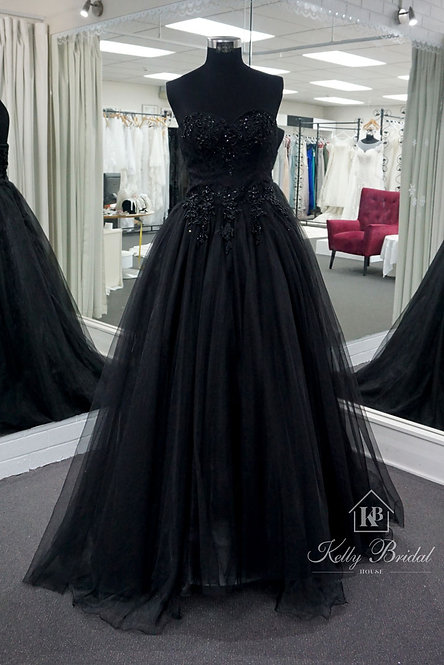 Black Strapless Embroidered Floral-lace Applique Evening / Ball Gown