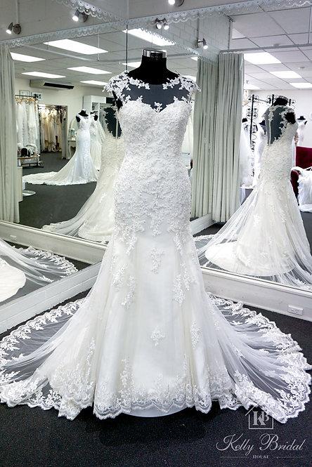Merry Mermaid Style Wedding Gown
