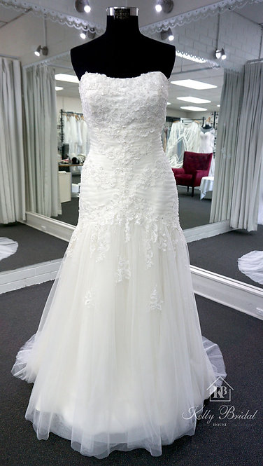 Madonna Mermaid Style Wedding Gown