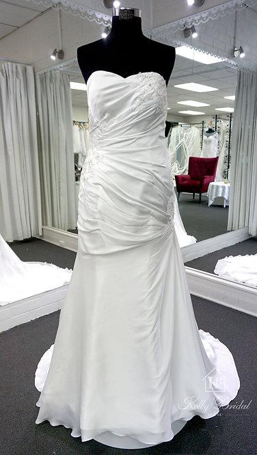 Mia Mermaid Style Wedding Gown