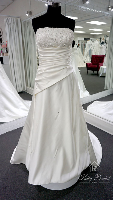 Amber A-Line Style Wedding Gown