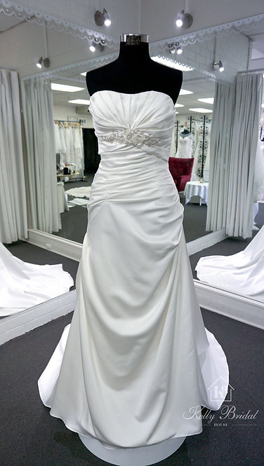 Nora Mermaid Style Wedding Gown
