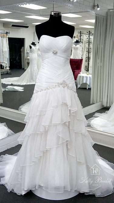 Nicole Mermaid Style Wedding Gown