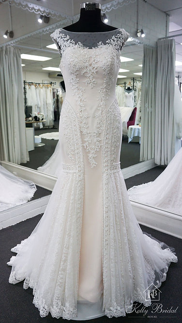 Michelle Mermaid Style Wedding Gown
