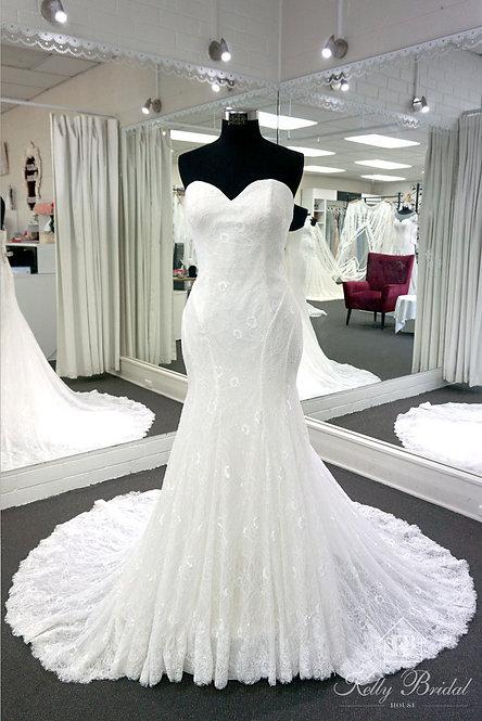Missy Mermaid Style Wedding Gown