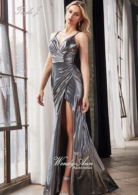 Wendy Ann Gorgeous Fitted Formal Gown