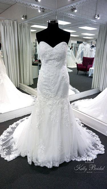 Molly Mermaid Style Wedding Gown