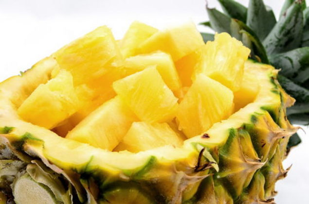 Pineapple-Chunks-Canned-Pineapple-with-F