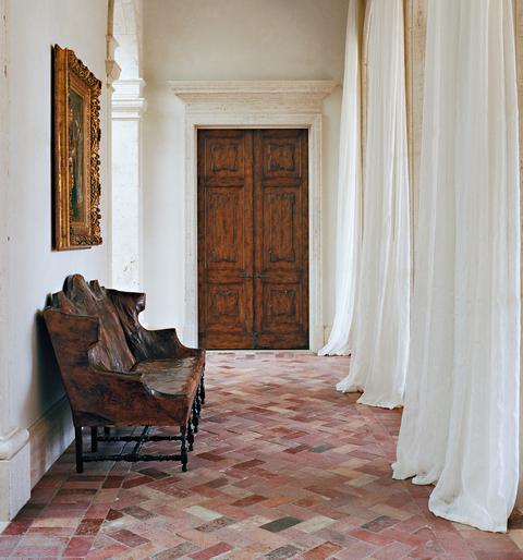 Architecte d'intérieur : Atelier AM, tissu fait-main PERRINE