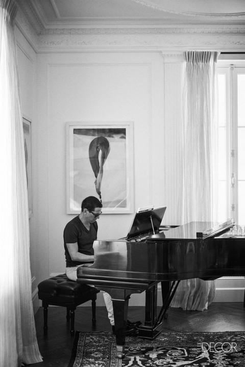 Rideaux DOTI Musicien et compositeur Jonathan Sheffer  © Mikkel Vang