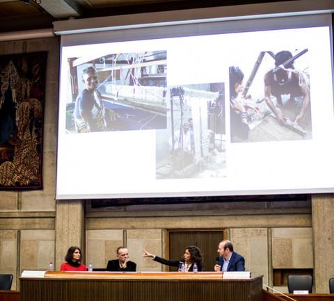 """Conférence sur le thème """"Redécouvrir le décoratif des textiles"""" AD Matière d'Art, Mars 2018  © Ziv Ravitz"""