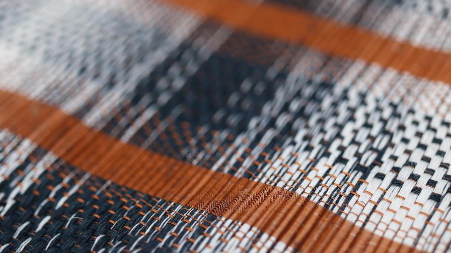Tissu exceptionnel PERRINE tissé à la main en fils de cuivre et de lin