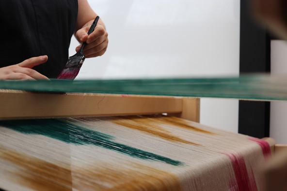 Peinture artisanale sur une chaîne en lin PERRINE