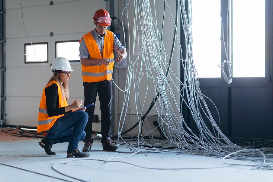 Los inspectores eléctricos