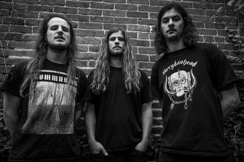 THE MUNSENS: Denver's Blackened Doom Trio To Release Debut Full-Length, Unhanded, Through Denver's S
