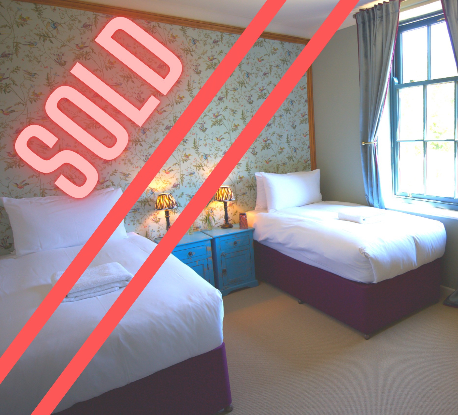 Room 2 - 2 PPL - Couple/ mates - £375PP