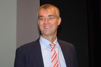 Prof. Dr. Claus Kriebel Presse 2.jpg