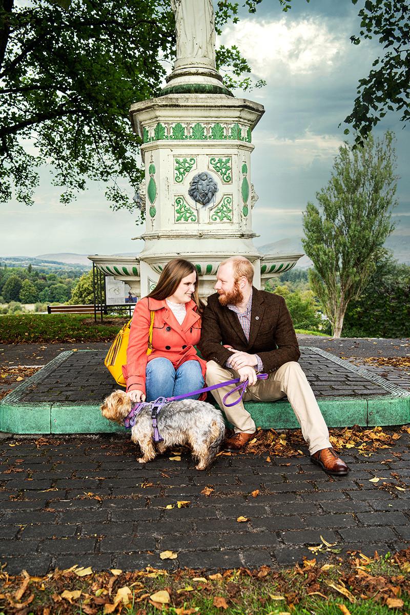 Kelly & Sam Chat at Fountain, Peel Park.