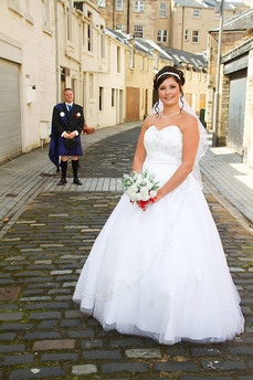 Bride & Groom in the Mews, Park Circus, Glasgow