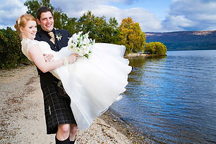 Groom Carrying the Bride, Lodge on the L