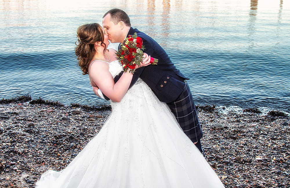 Bride & Groom Kiss on the beach, South Queensferry