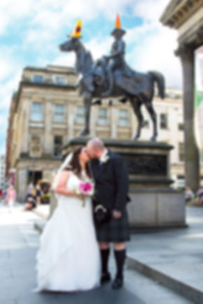 Bride & Groom, Wellington Statue, Glasgow