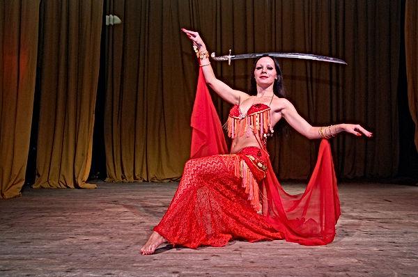 Хеста.Танцы с оружием (3).jpg